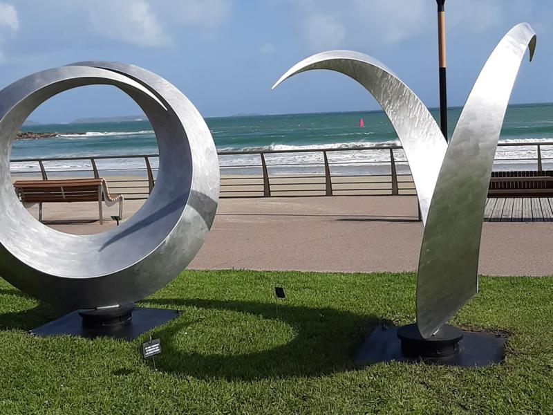 Les Sculptures Monumentales de Francis Guerrier à Perros Guirec